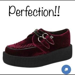 NWT T.U.K  burgundy shoes
